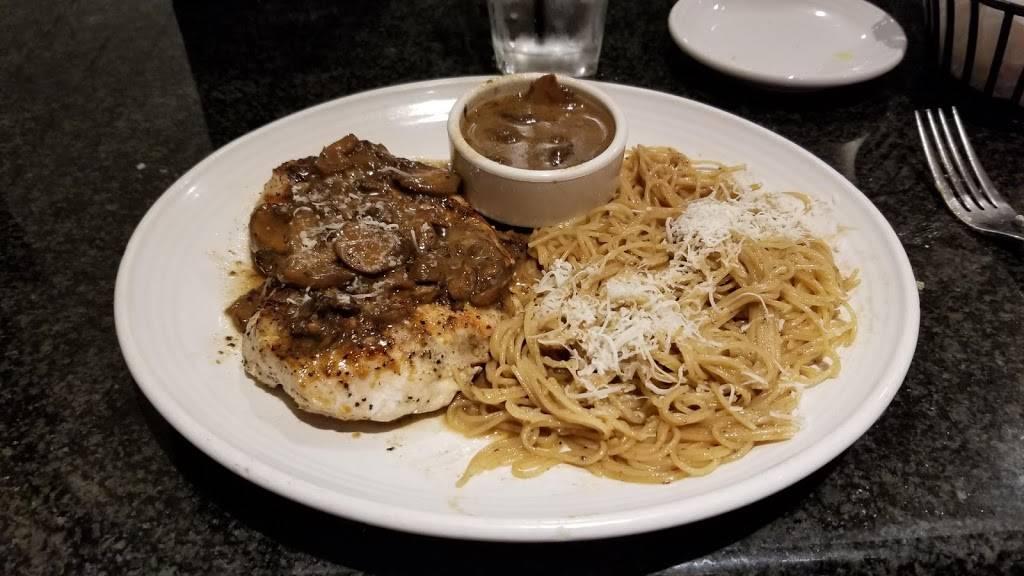 Carrabbas Italian Grill | restaurant | 10110 US-19, Port Richey, FL 34668, USA | 7278694886 OR +1 727-869-4886