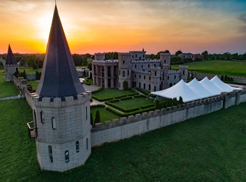 The Kentucky Castle | restaurant | 230 Pisgah Pike, Versailles, KY 40383, USA | 8592560322 OR +1 859-256-0322