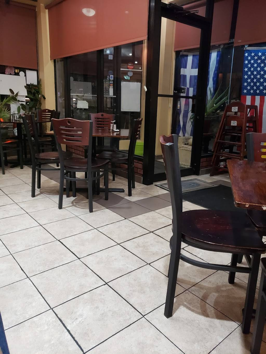 Village Grill | meal takeaway | 7301 Yellowstone Blvd, Forest Hills, NY 11375, USA | 7185444024 OR +1 718-544-4024