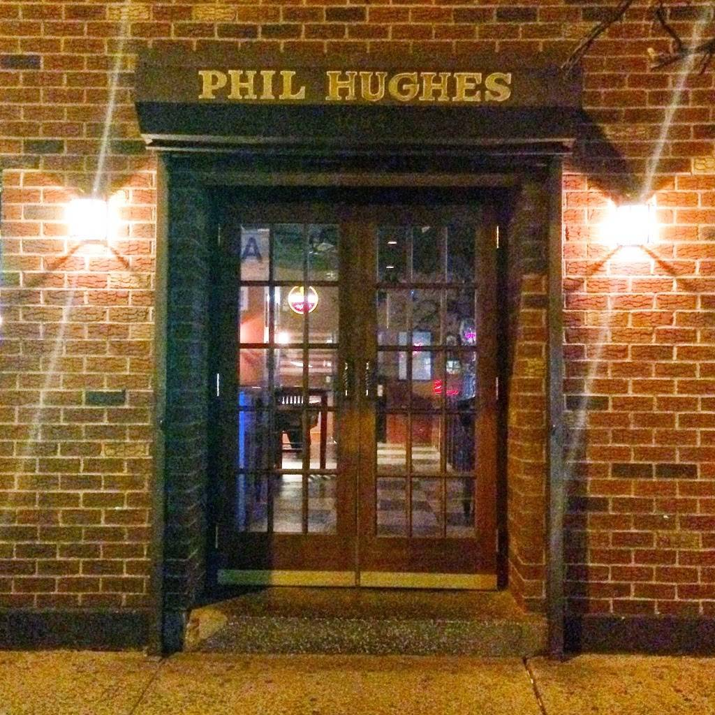 Phil Hughes Bar | restaurant | 1682 1st Avenue, New York, NY 10128, USA | 6464671468 OR +1 646-467-1468