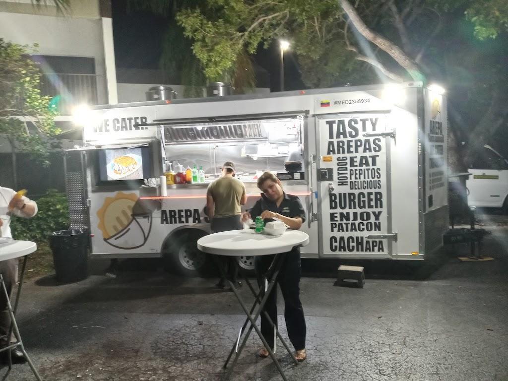 Arepa Santa Barbara | restaurant | 14955 SW 186th St, Miami, FL 33187, USA | 7864985854 OR +1 786-498-5854