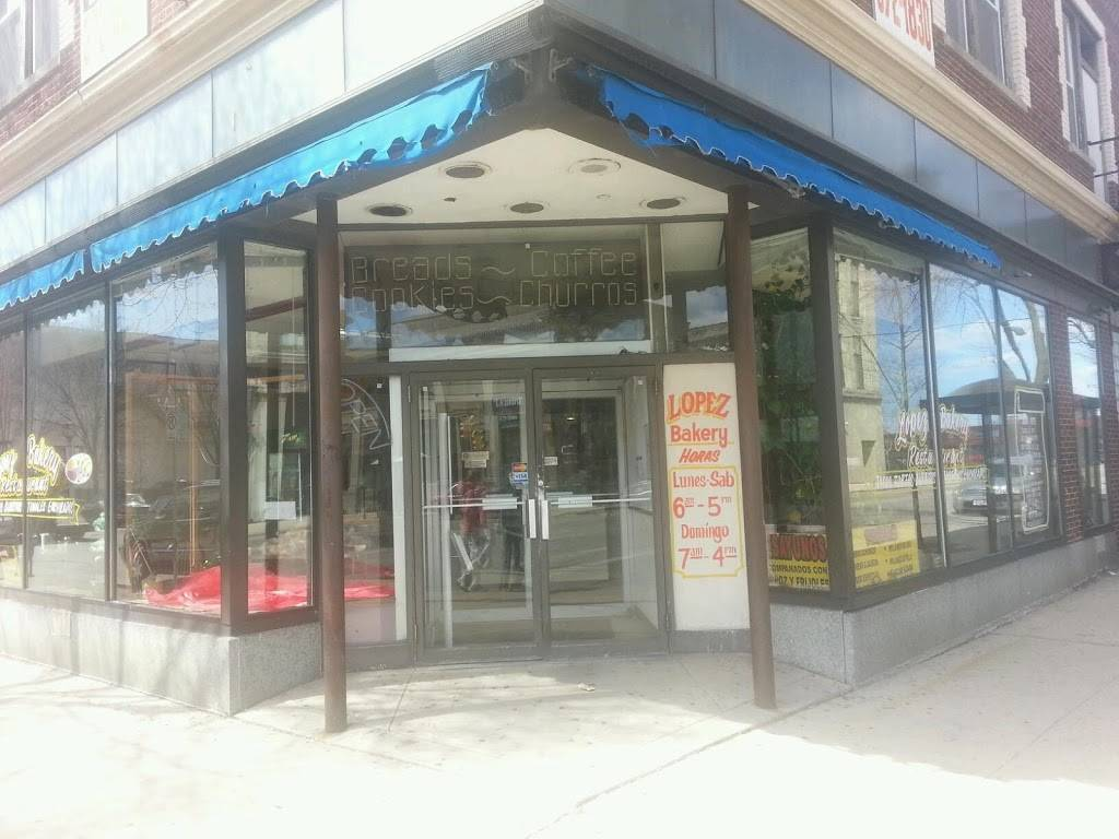 Lopez Bakery & Restaurant   restaurant   1100 W Historic Mitchell St, Milwaukee, WI 53204, USA   4146721830 OR +1 414-672-1830