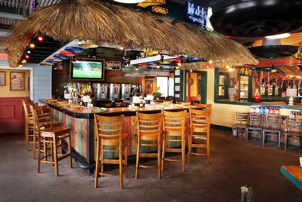 Lupe Tortilla | restaurant | 22465 TX-249, Houston, TX 77070, USA | 8328430004 OR +1 832-843-0004