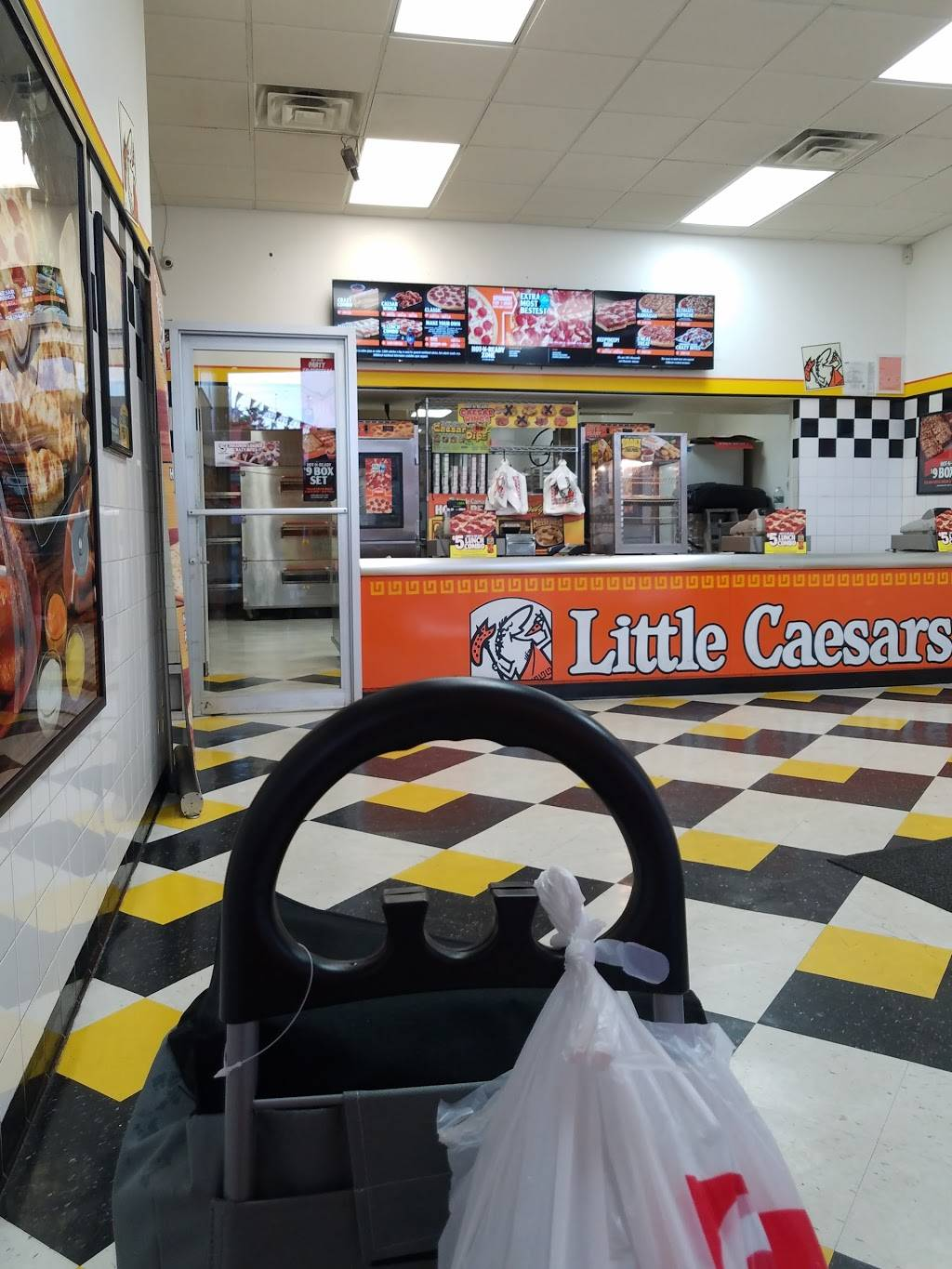 Little Caesars Pizza | meal takeaway | 2874 Fulton St, Brooklyn, NY 11207, USA | 7182354555 OR +1 718-235-4555