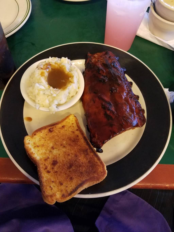 Bronx Grill | restaurant | 2375 E Tremont Ave, Bronx, NY 10462, USA | 7188925200 OR +1 718-892-5200
