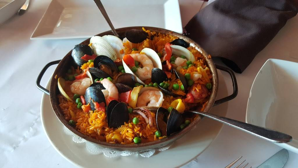 Cafe Ole | restaurant | 38-09 36th Ave, Long Island City, NY 11101, USA | 7183497777 OR +1 718-349-7777