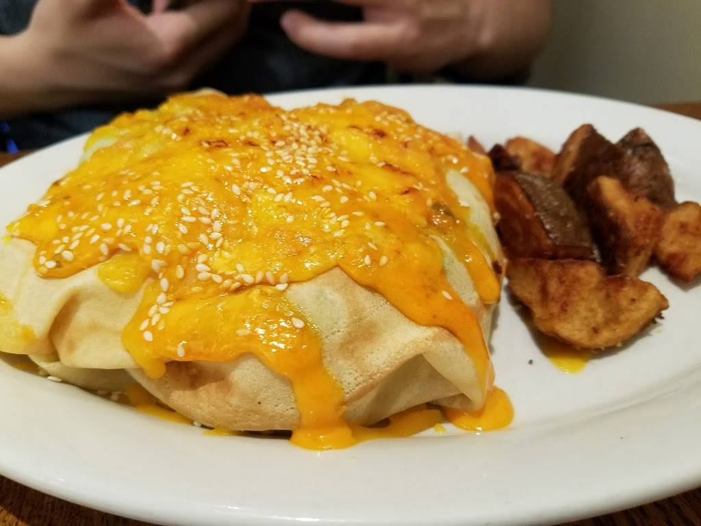 Simply Crepes Cafe and Catering of Canandaigua | cafe | 101 S Main St, Canandaigua, NY 14424, USA | 5853949090 OR +1 585-394-9090