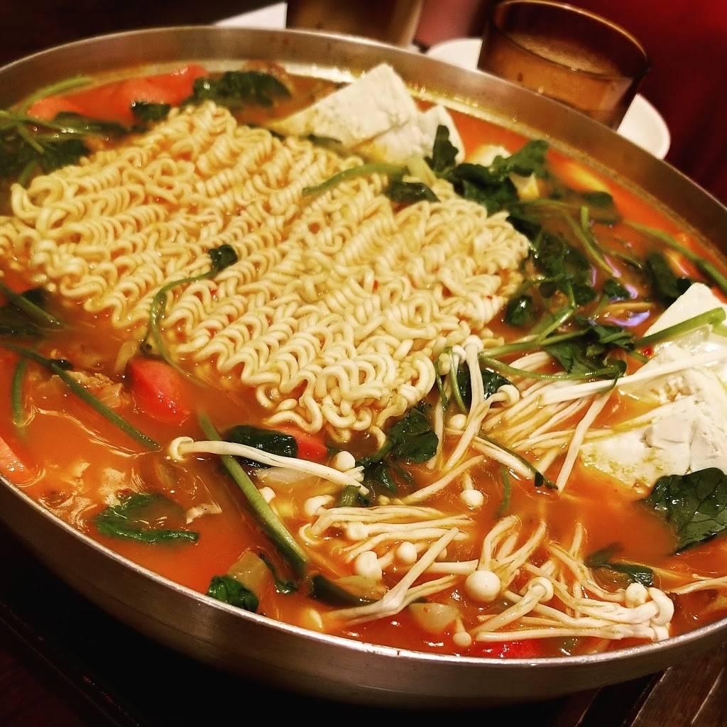 Gamja Tang Tang | restaurant | 408 Main St, Fort Lee, NJ 07024, USA | 2014614617 OR +1 201-461-4617