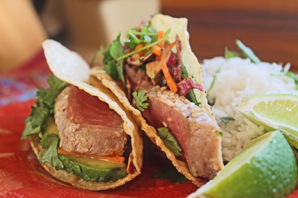 Azteco Taco By The Chef   restaurant   13452 Biscayne Blvd, North Miami, FL 33181, USA   3054549031 OR +1 305-454-9031