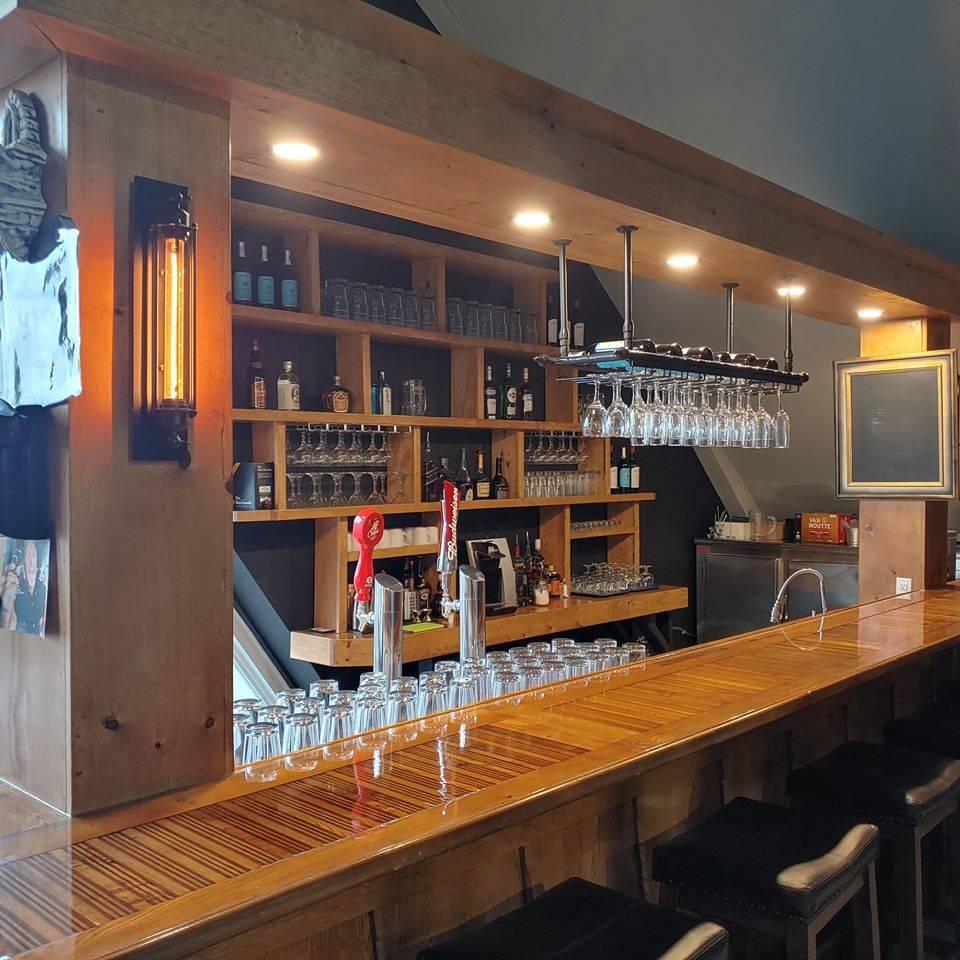 Bistro St-Zeph | restaurant | 1030 Rang Saint Pierre, Saint-Zéphirin-de-Courval, QC J0G 1V0, Canada | 8192502299 OR +1 819-250-2299
