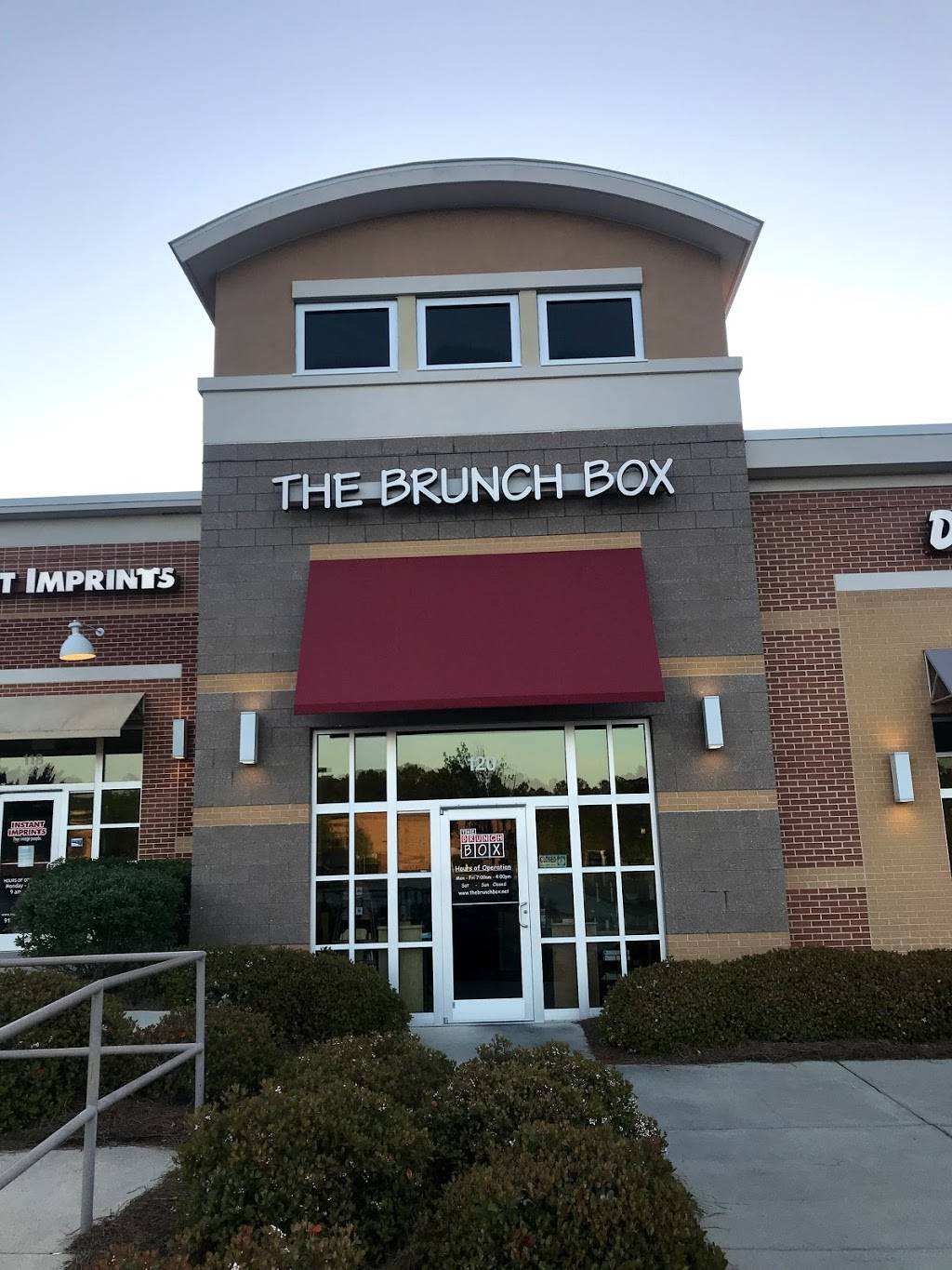 The Brunch Box   cafe   10970 Chapel Hill Rd #120, Morrisville, NC 27560, USA   9193807276 OR +1 919-380-7276