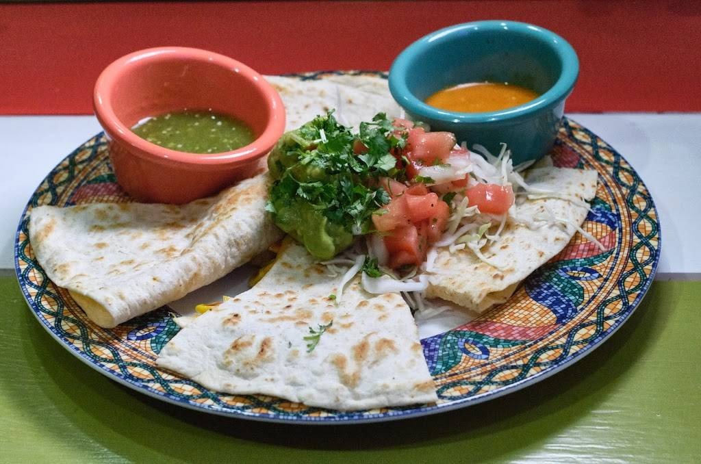 Aji Mexican Food | restaurant | 77 Main St, Westhampton Beach, NY 11978, USA | 6319983095 OR +1 631-998-3095