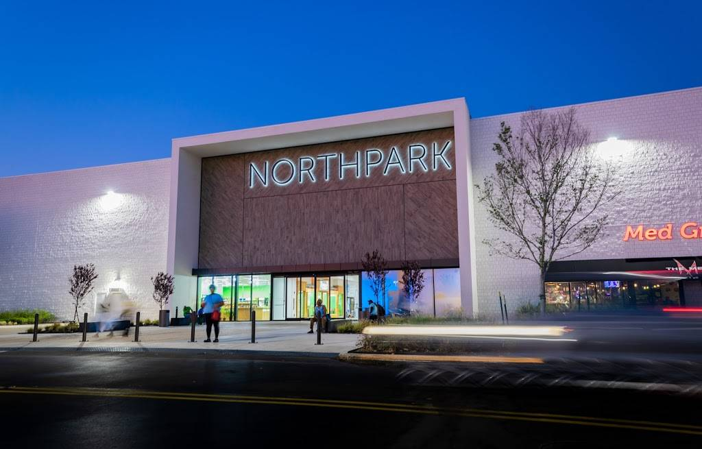 Northpark | shopping mall | 1200 E County Line Rd, Ridgeland, MS 39157, USA | 6018632300 OR +1 601-863-2300