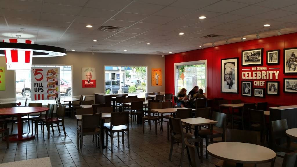 KFC | restaurant | 3230 Gateway St, Springfield, OR 97477, USA | 5417474091 OR +1 541-747-4091
