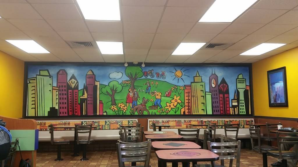 McDonalds | cafe | 700 Broadway, Brooklyn, NY 11206, USA | 7185992870 OR +1 718-599-2870