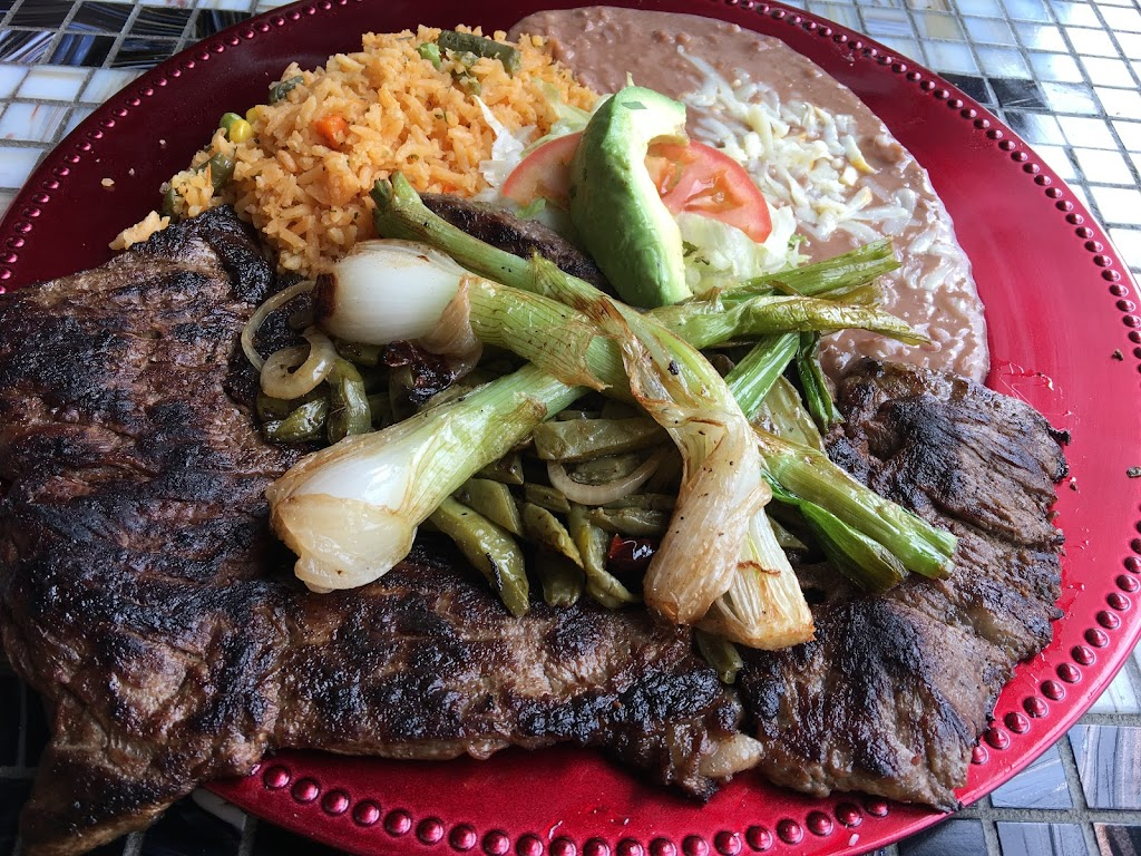 La Cocina De Alicia Restaurant   restaurant   5058 W Armitage Ave, Chicago, IL 60639, USA   7735128212 OR +1 773-512-8212