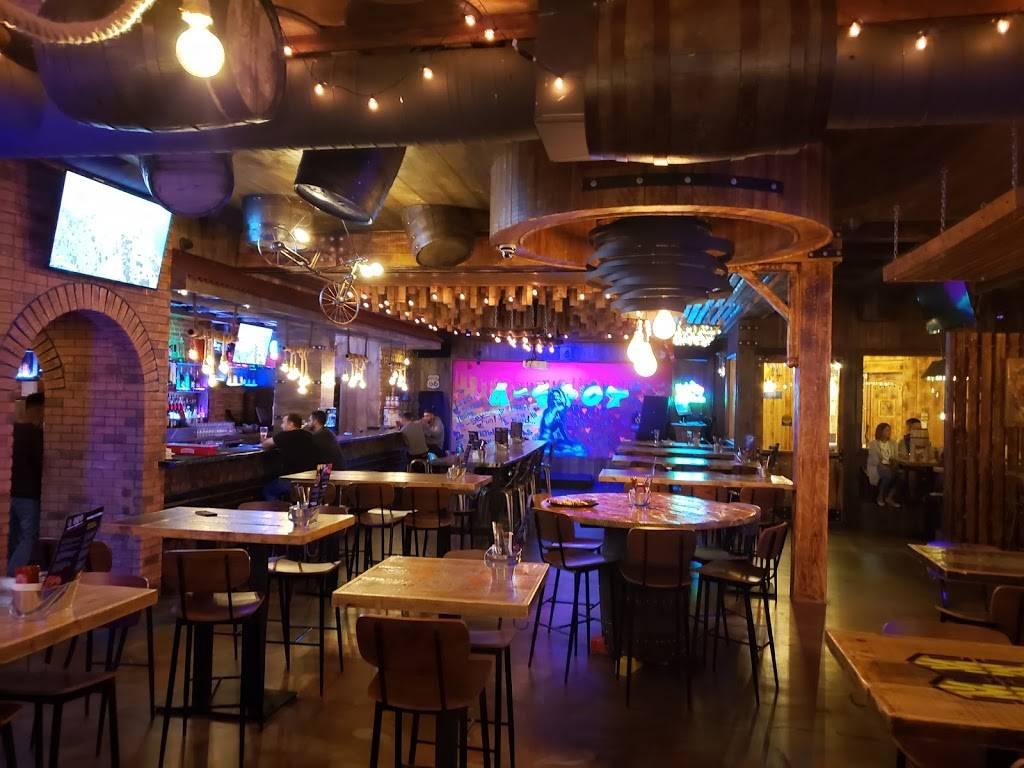 Graffiti Spot Cocktail Bar, Tapas & Nightlife | night club | 9218 Yonge St Unit #1, Richmond Hill, ON L4C 7A2, Canada | 9057719800 OR +1 905-771-9800