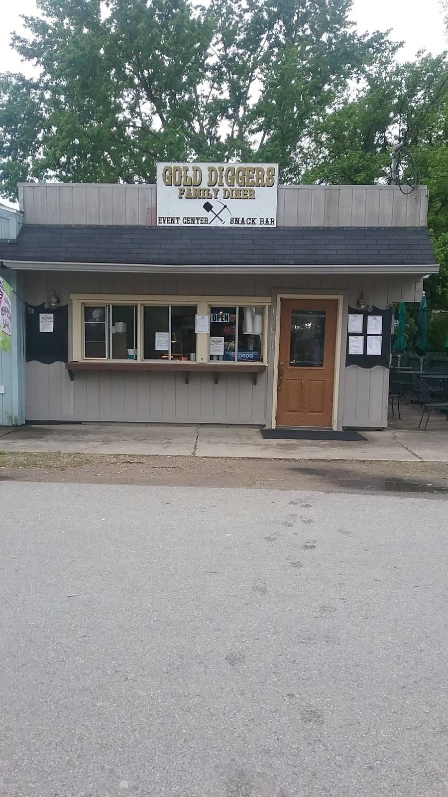 Gold Diggers Family Diner | restaurant | 19054 S. Main Street, Metamora, IN 47030, USA | 8122124123 OR +1 812-212-4123