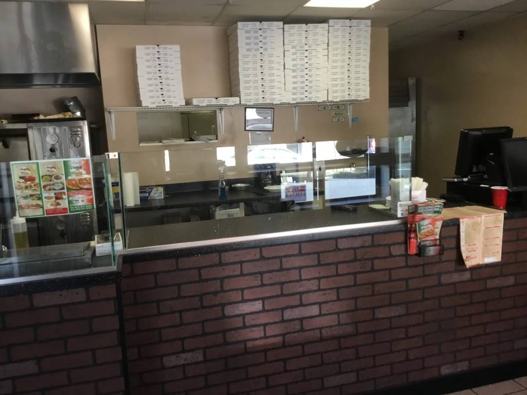 Carimos Restaurant and pizzeria | restaurant | 26 Borig Pl, Lodi, NJ 07644, USA | 8622478700 OR +1 862-247-8700