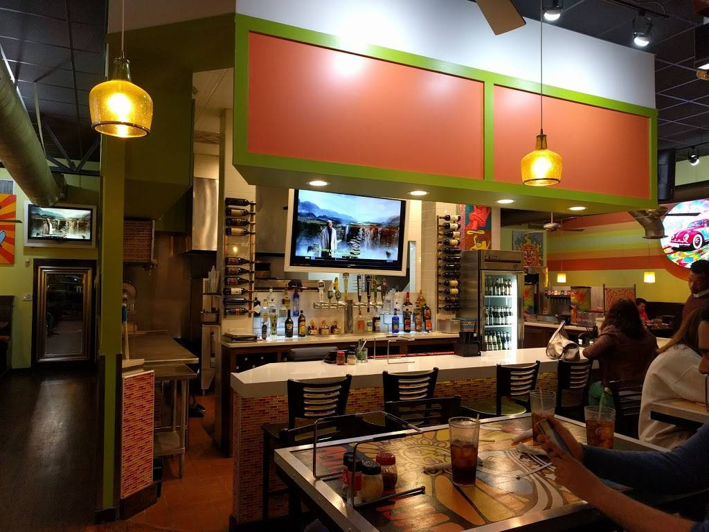 Mellow Mushroom | meal takeaway | 6000 Medlock Bridge Pkwy, Johns Creek, GA 30022, USA | 7708130818 OR +1 770-813-0818
