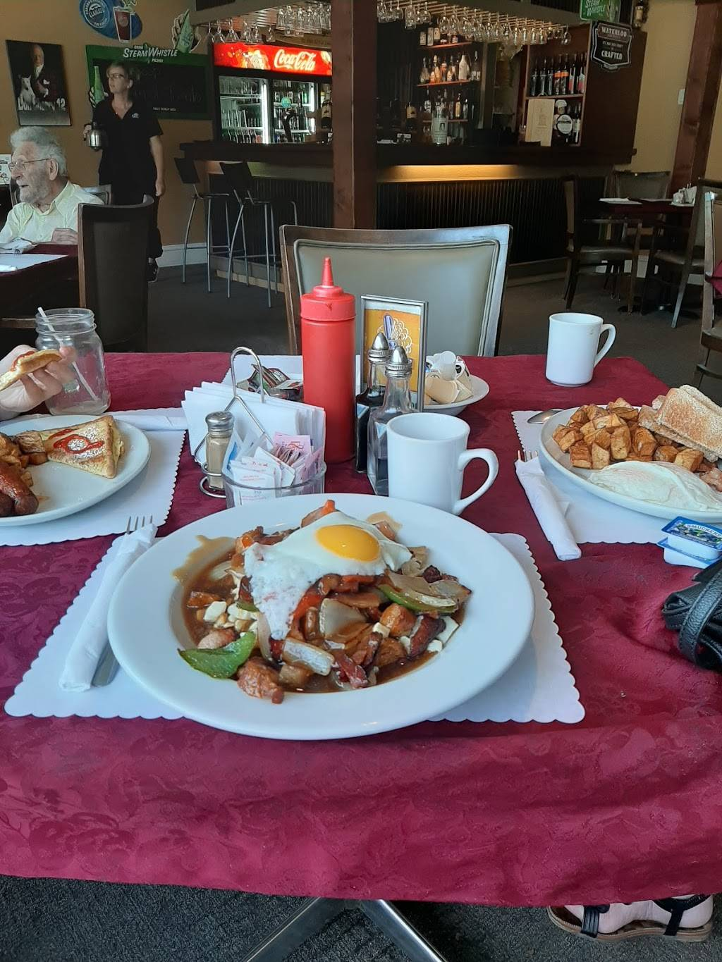 Cedar Valley Golf & Country Club & The Clubhouse Cafe | restaurant | 7041 County Rd 29, Brockville, ON K6V 5T4, Canada | 6133422158 OR +1 613-342-2158