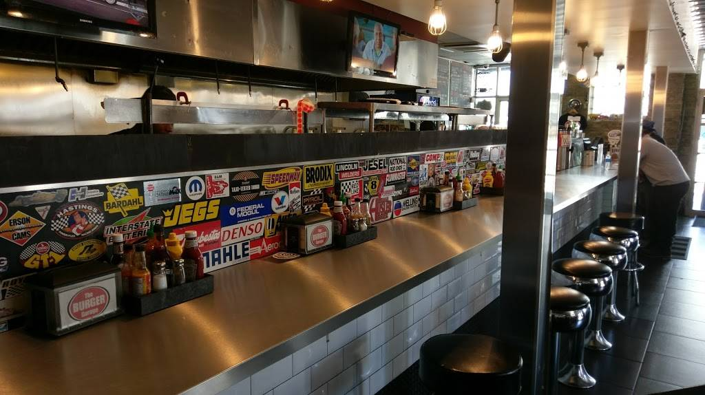 The Burger Garage | restaurant | 25-36 Jackson Ave, Long Island City, NY 11101, USA | 7183920424 OR +1 718-392-0424