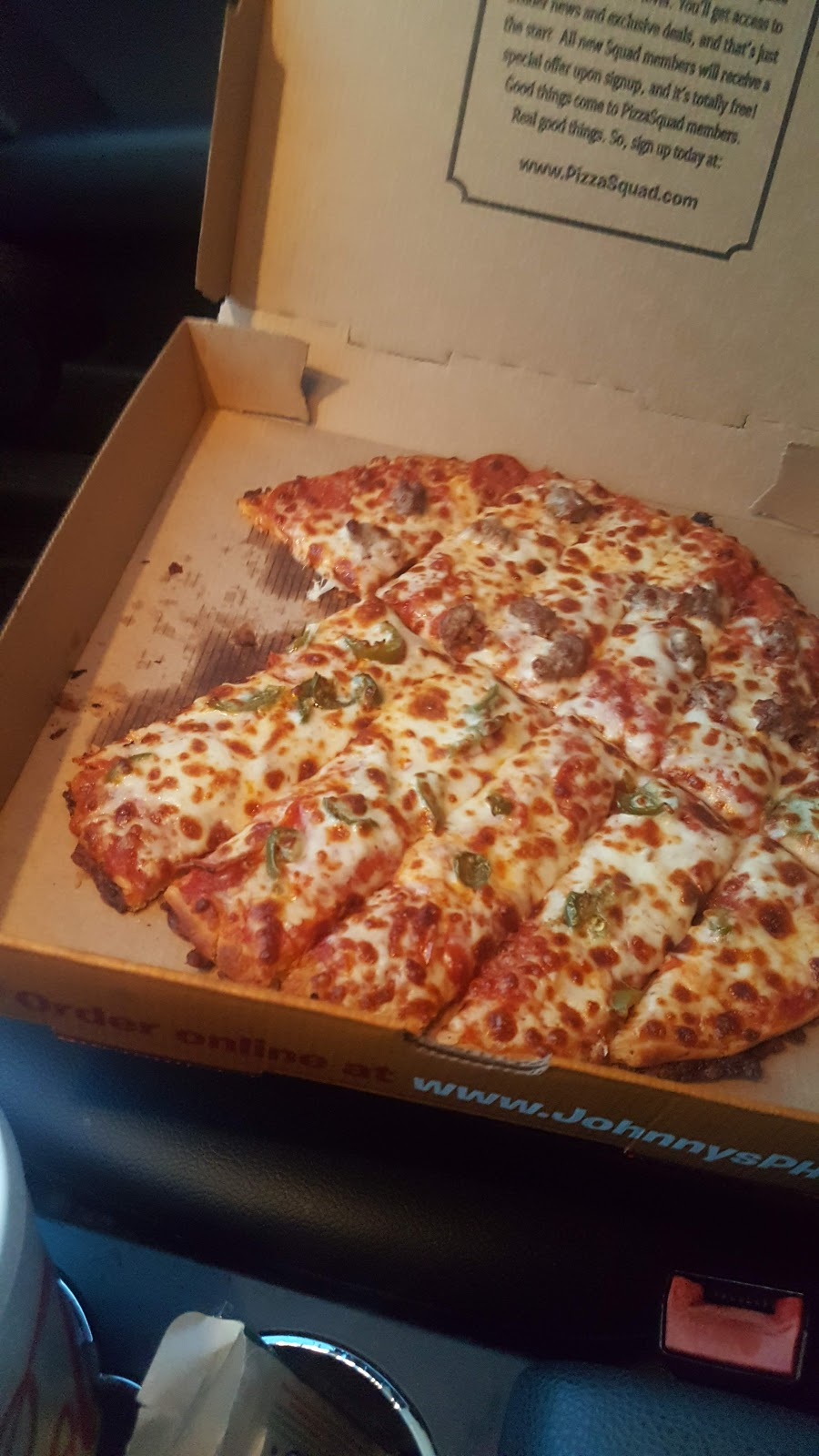 Johnnys Pizza House | meal delivery | 1109 Cooktown Rd, Ruston, LA 71270, USA | 3182511006 OR +1 318-251-1006