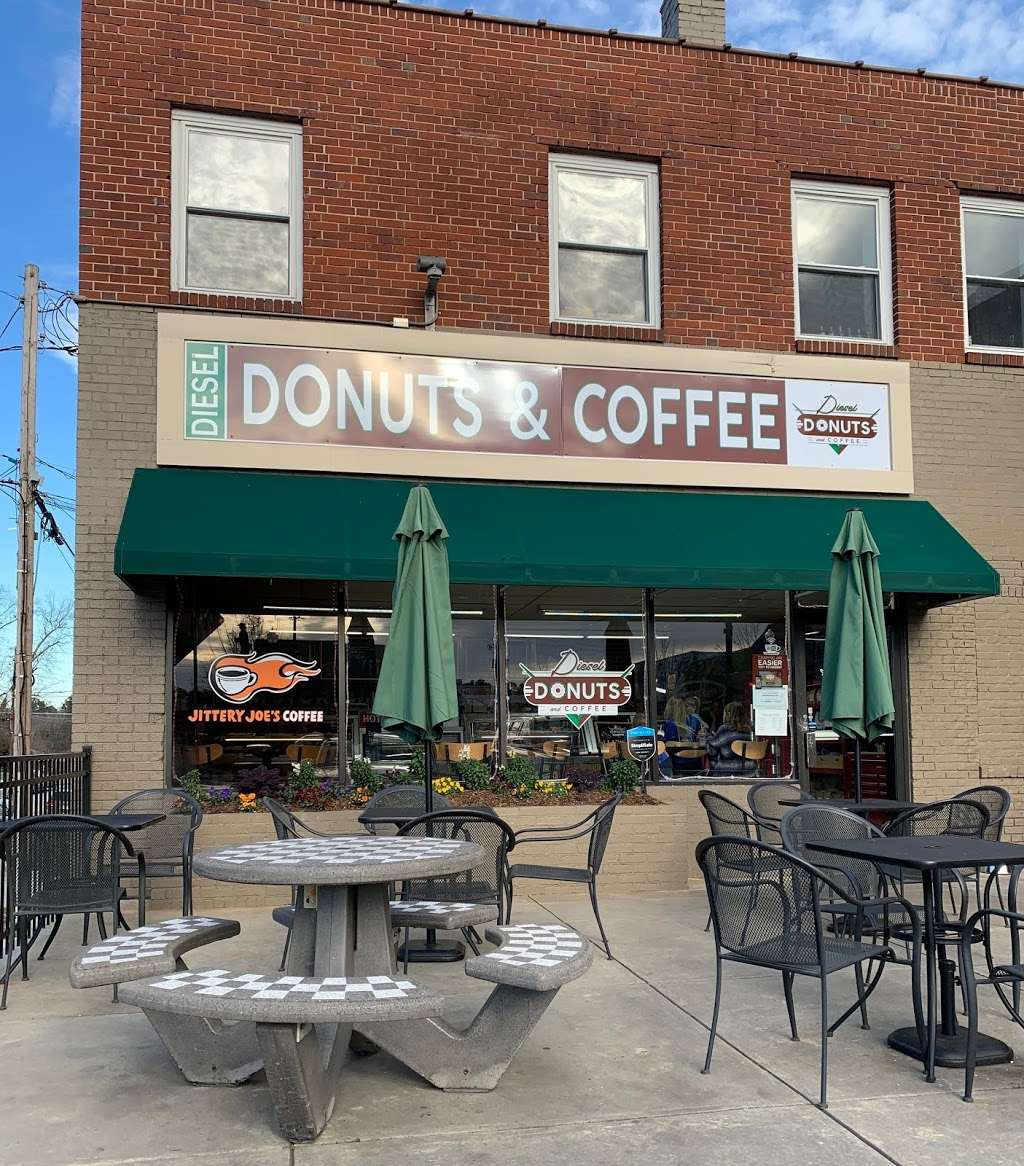 Diesel Donuts and Coffee   bakery   48 E Public Square, Jefferson, GA 30549, USA   7063670001 OR +1 706-367-0001