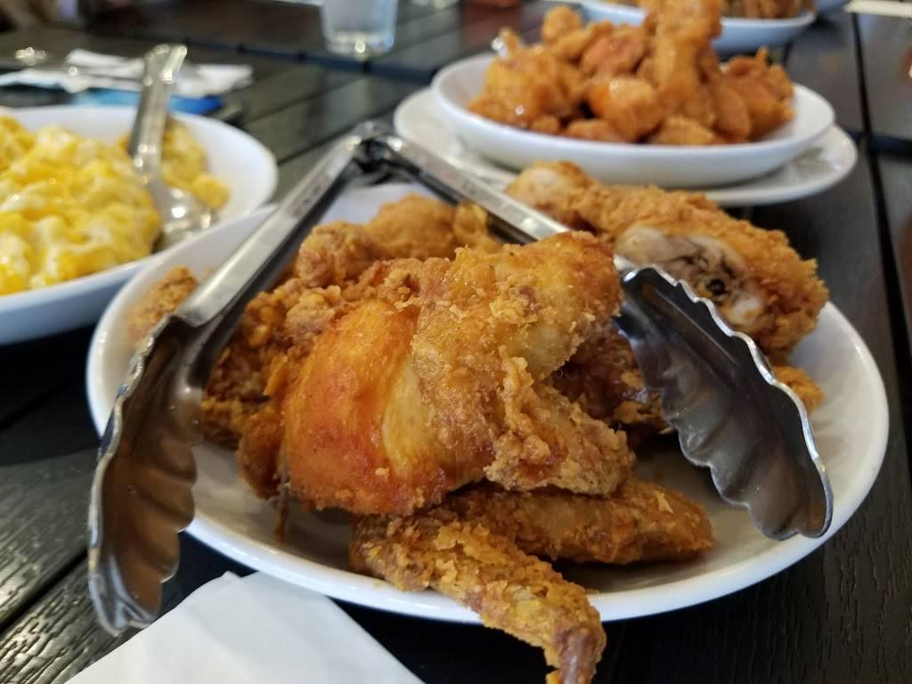 Melbas | restaurant | 300 W 114th St, New York, NY 10026, USA | 2128647777 OR +1 212-864-7777