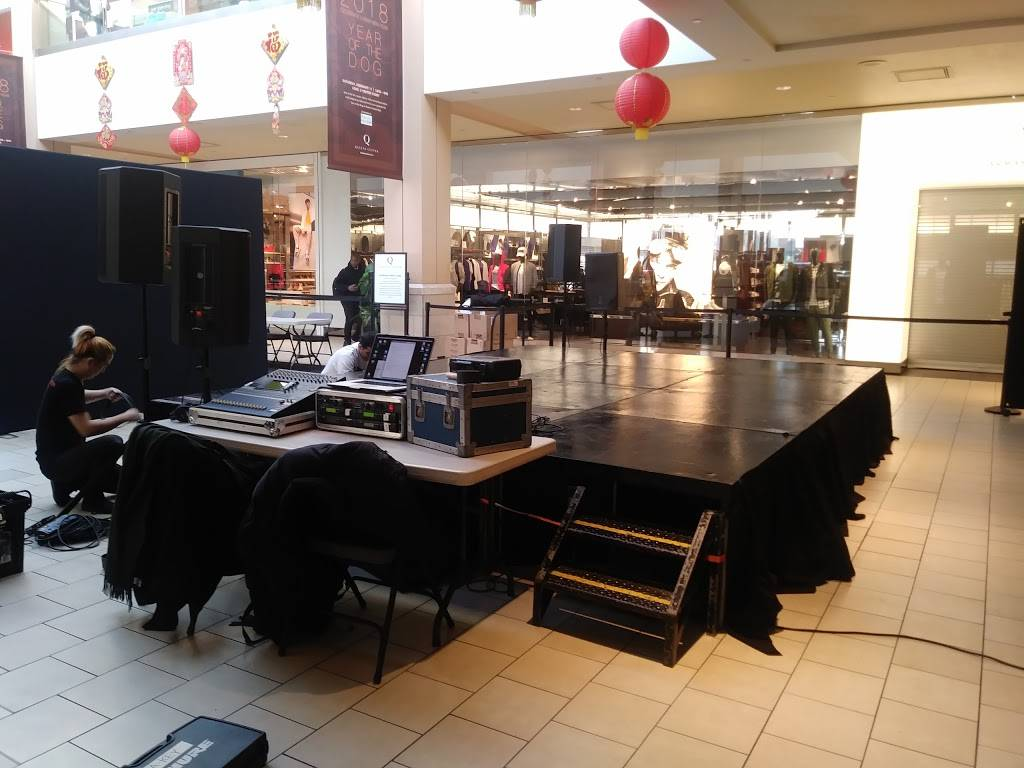 Queens Center | shopping mall | 90-15 Queens Blvd, Elmhurst, NY 11373, USA | 7185923900 OR +1 718-592-3900