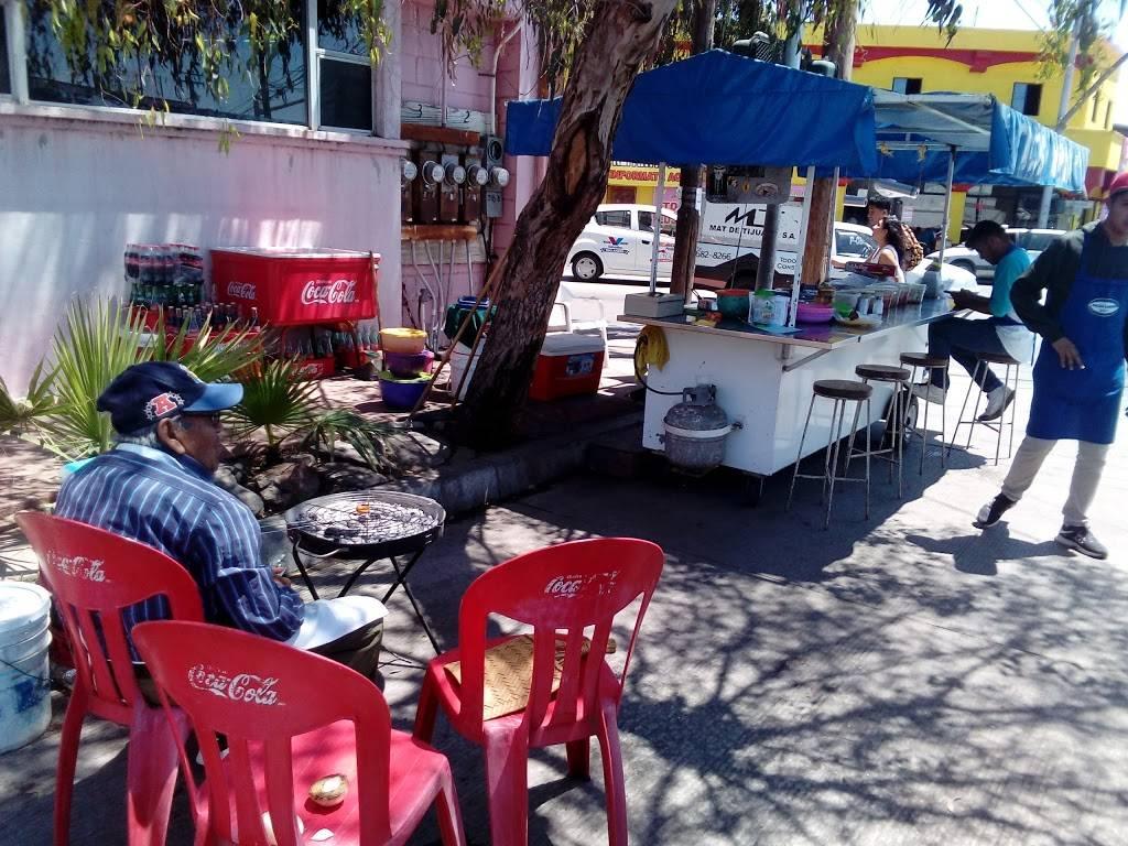 Tacos Varios Vip | restaurant | 22414, Veracruz 17, Tomas Aquino, 22414 Tijuana, B.C., Mexico