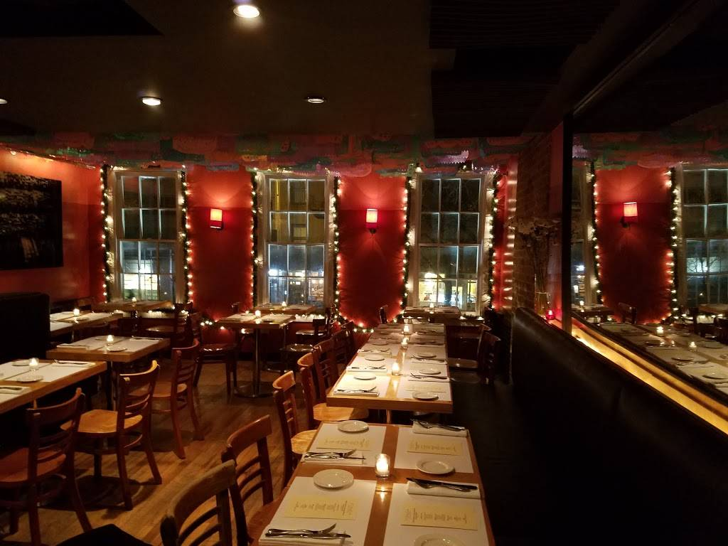 Fonda   restaurant   189 9th Ave, New York, NY 10011, USA   9175255252 OR +1 917-525-5252