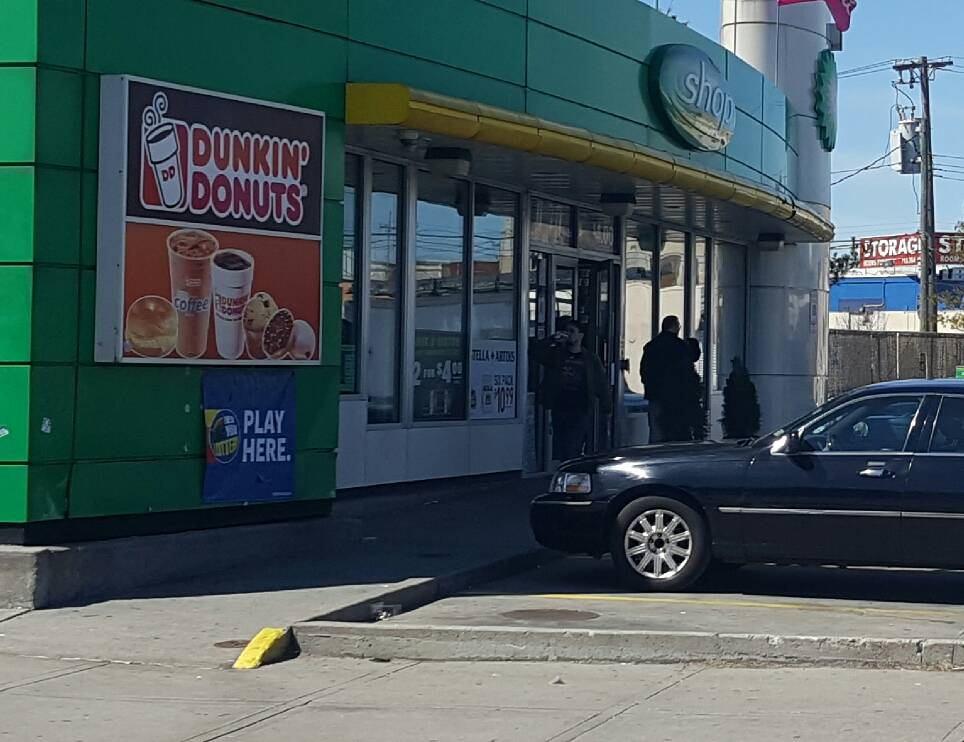 Dunkin Donuts   cafe   1049 Grand St, Brooklyn, NY 11211, USA   7185991549 OR +1 718-599-1549