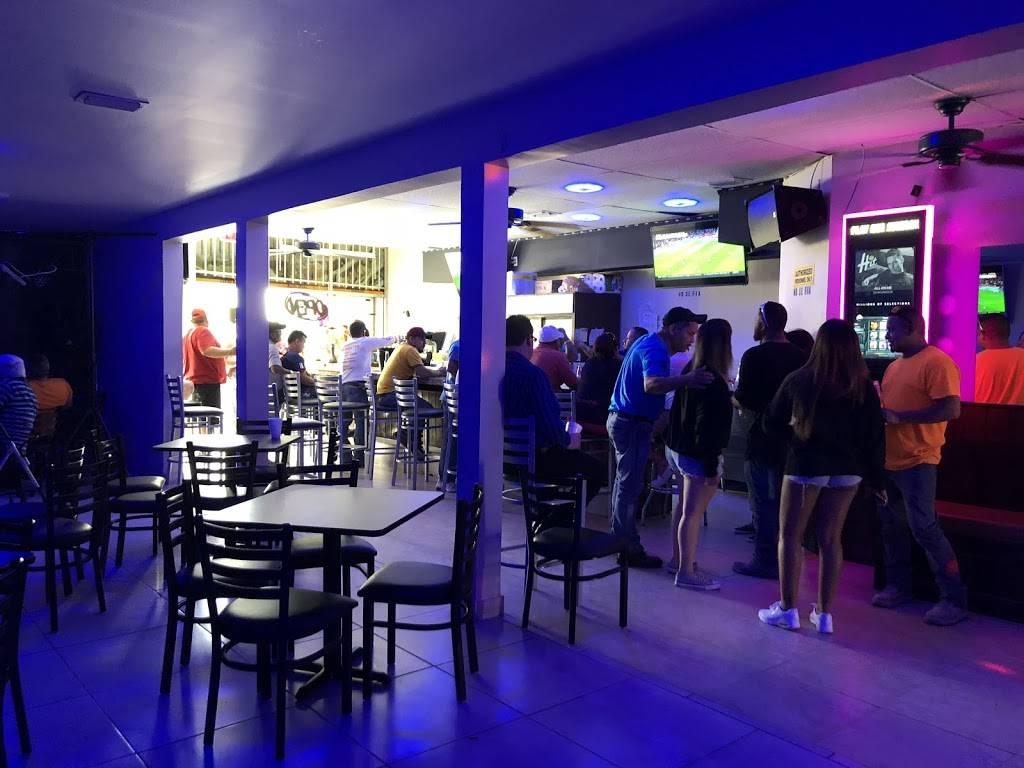 Yummi's Caffe   restaurant   1440 W Flagler St, Miami, FL 33135, USA   7865589044 OR +1 786-558-9044
