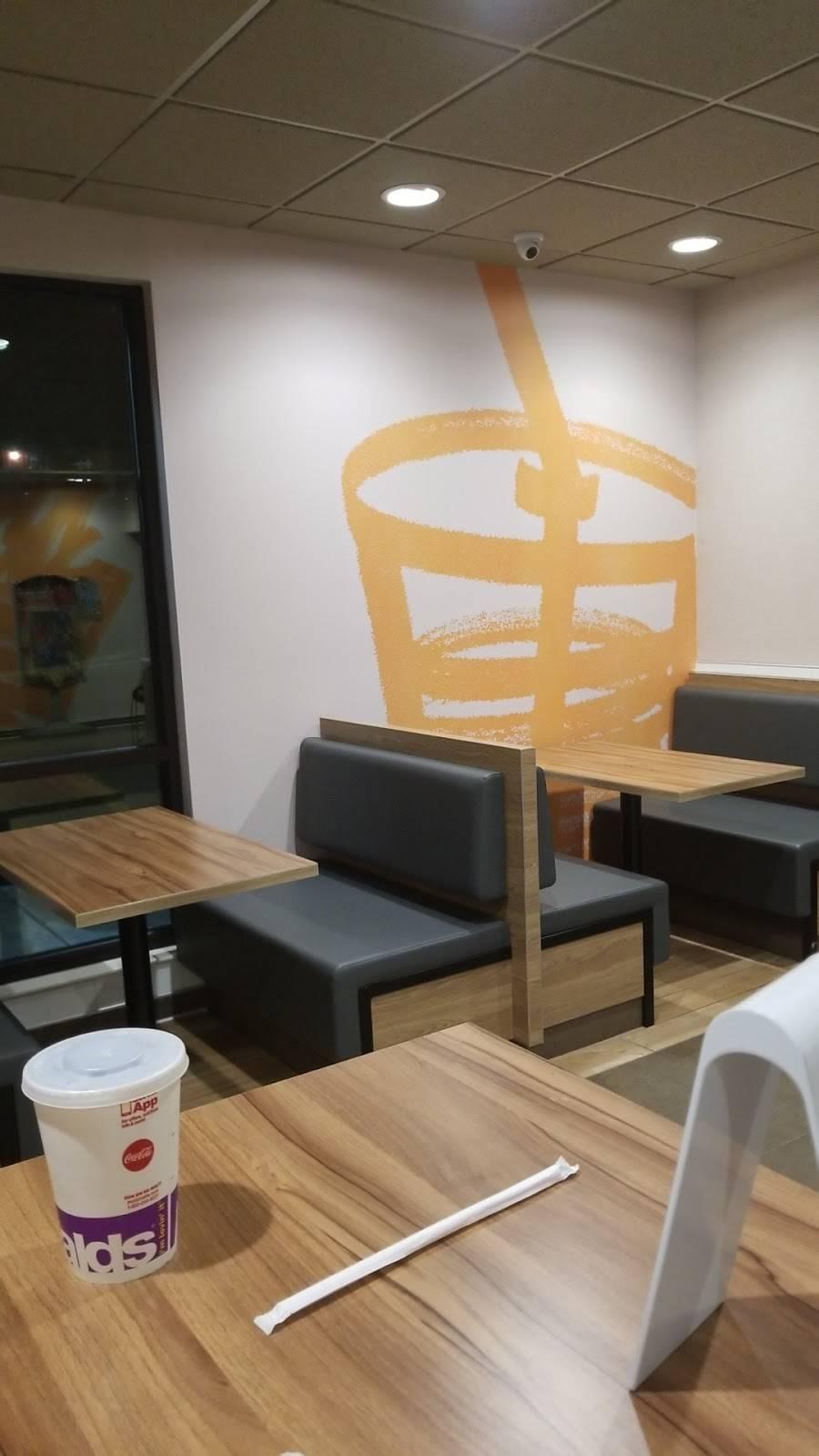 McDonalds | cafe | 15 NE Median St, Chehalis, WA 98532, USA | 3609964136 OR +1 360-996-4136