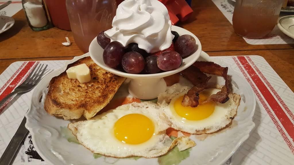 The Farmhouse   restaurant   19049 Clayborn St, Metamora, IN 47030, USA   7656472645 OR +1 765-647-2645