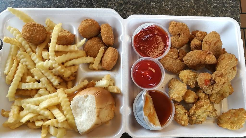 Lawrences Fish and Shrimp | meal takeaway | 2120 S Canal St, Chicago, IL 60616, USA | 3122252113 OR +1 312-225-2113