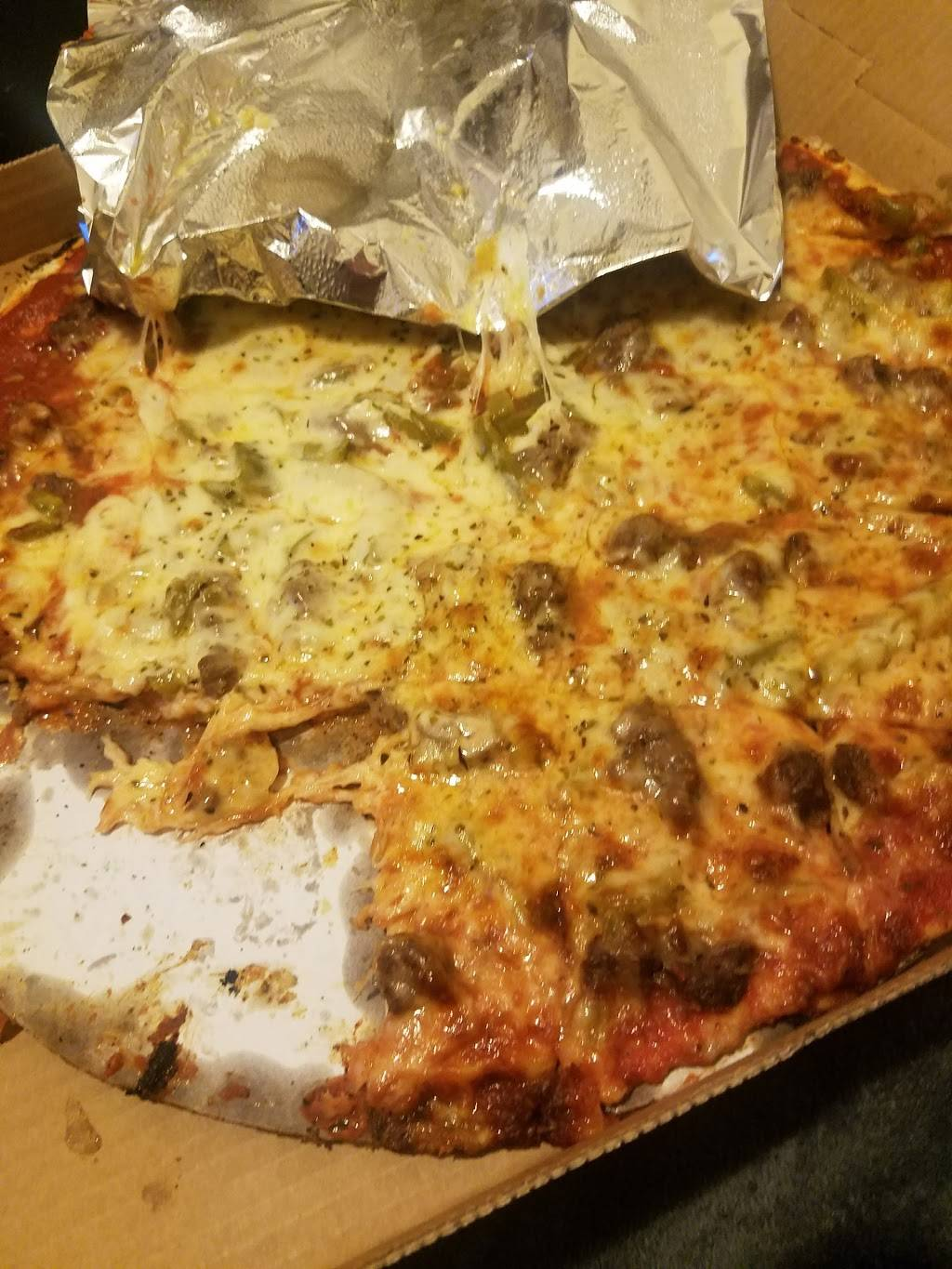 Italian Fiesta Pizzeria | restaurant | 8058 S Halsted St, Chicago, IL 60620, USA | 7736842222 OR +1 773-684-2222