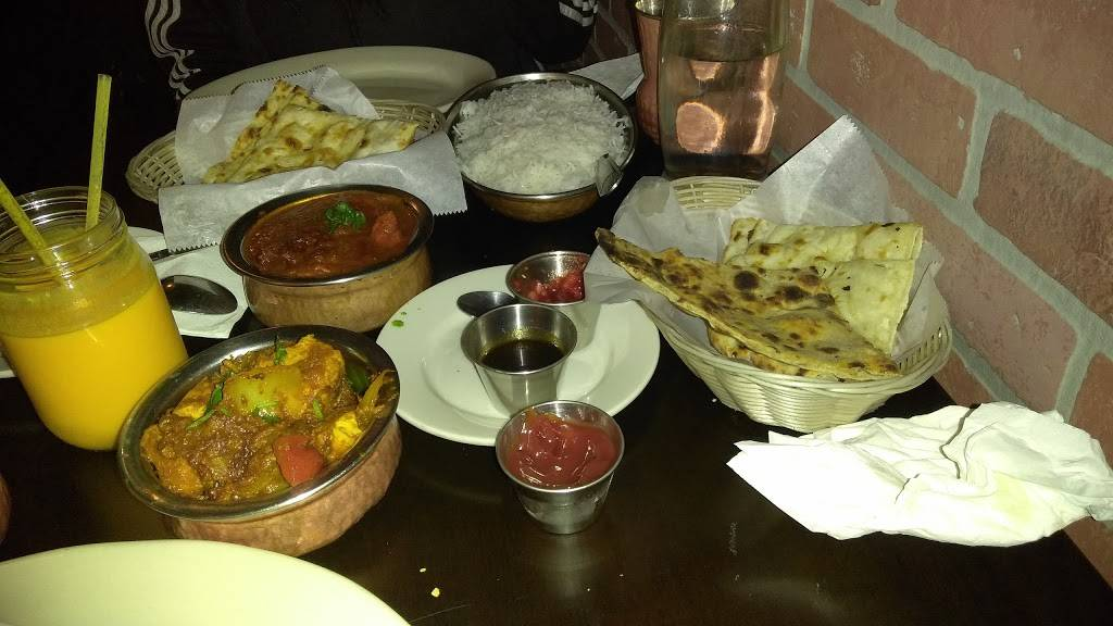 Spice & Grill | restaurant | 441 Myrtle Ave, Brooklyn, NY 11205, USA | 7188752525 OR +1 718-875-2525