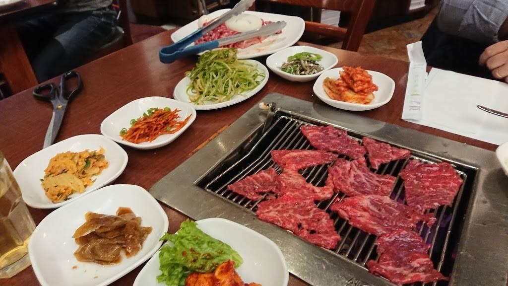 So Moon Nan Jip | restaurant | 238 Broad Ave, Palisades Park, NJ 07650, USA | 2019443998 OR +1 201-944-3998