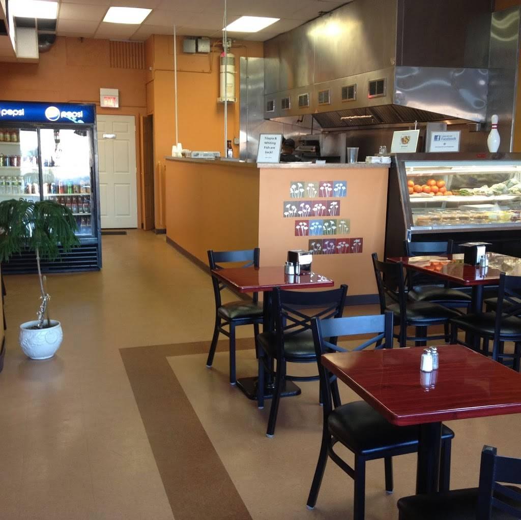 The Gab Shak   restaurant   411 E Main St, Wrightstown, NJ 08562, USA   6097232000 OR +1 609-723-2000