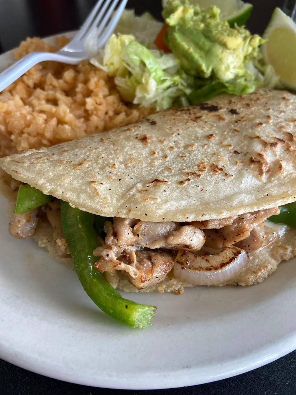 Yadiras Cafe | restaurant | 8615 New Laredo Hwy # 1, San Antonio, TX 78211, USA | 2107082636 OR +1 210-708-2636