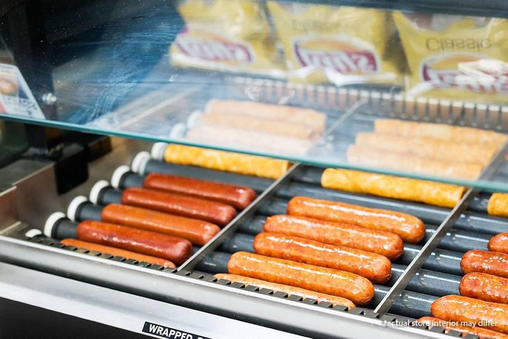 Circle K | meal takeaway | 1091 Blanding Blvd, Orange Park, FL 32065, USA | 9042722547 OR +1 904-272-2547