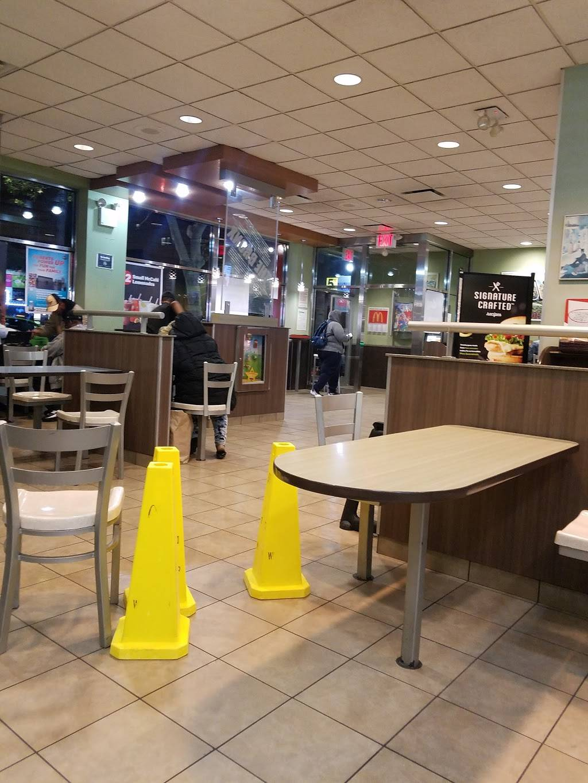 McDonalds | cafe | 279 E 149th St, Bronx, NY 10451, USA | 7182928812 OR +1 718-292-8812