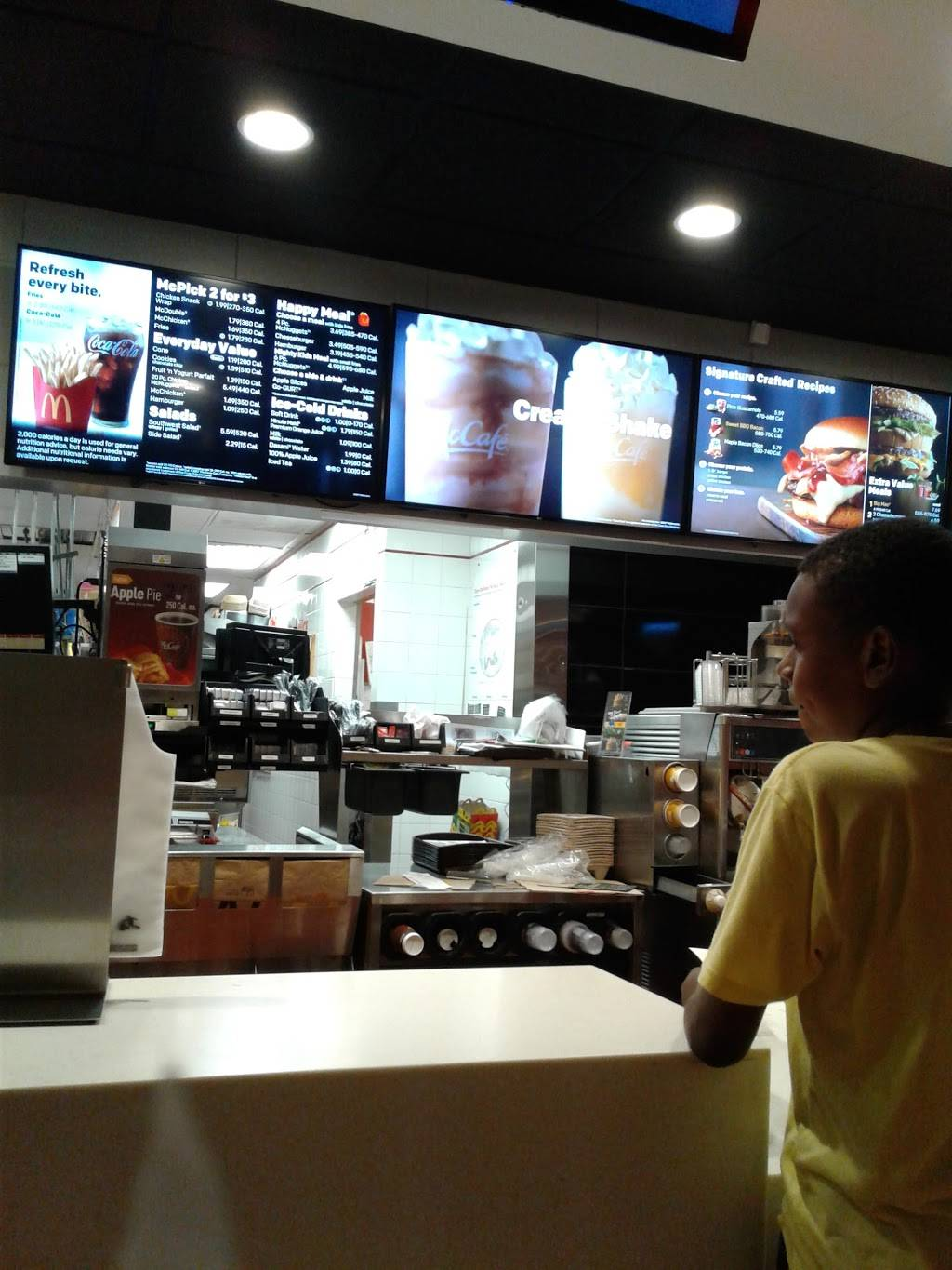 McDonalds | cafe | 430 86th St, Brooklyn, NY 11209, USA | 7182387999 OR +1 718-238-7999
