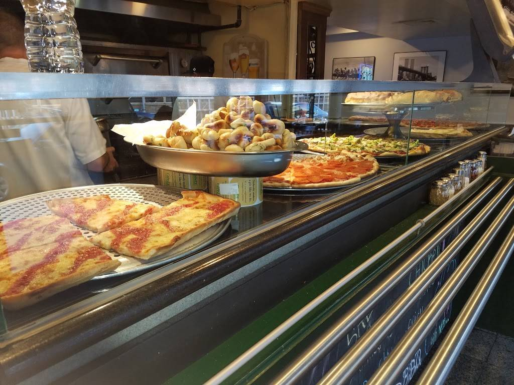 Sals Pizzería | meal takeaway | 544 Lorimer St, Brooklyn, NY 11211, USA | 7183886838 OR +1 718-388-6838