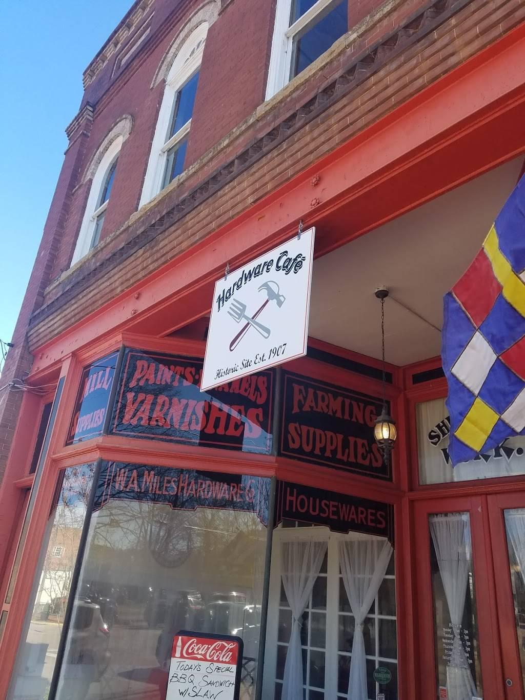 Hardware Cafe   bakery   106 S Main St, Warrenton, NC 27589, USA   2522572779 OR +1 252-257-2779